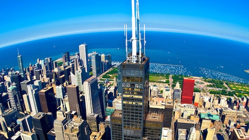 Aerial view of Willis Tower in Chicago