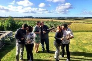 Wine Lovers - Punta Wine Shuttle