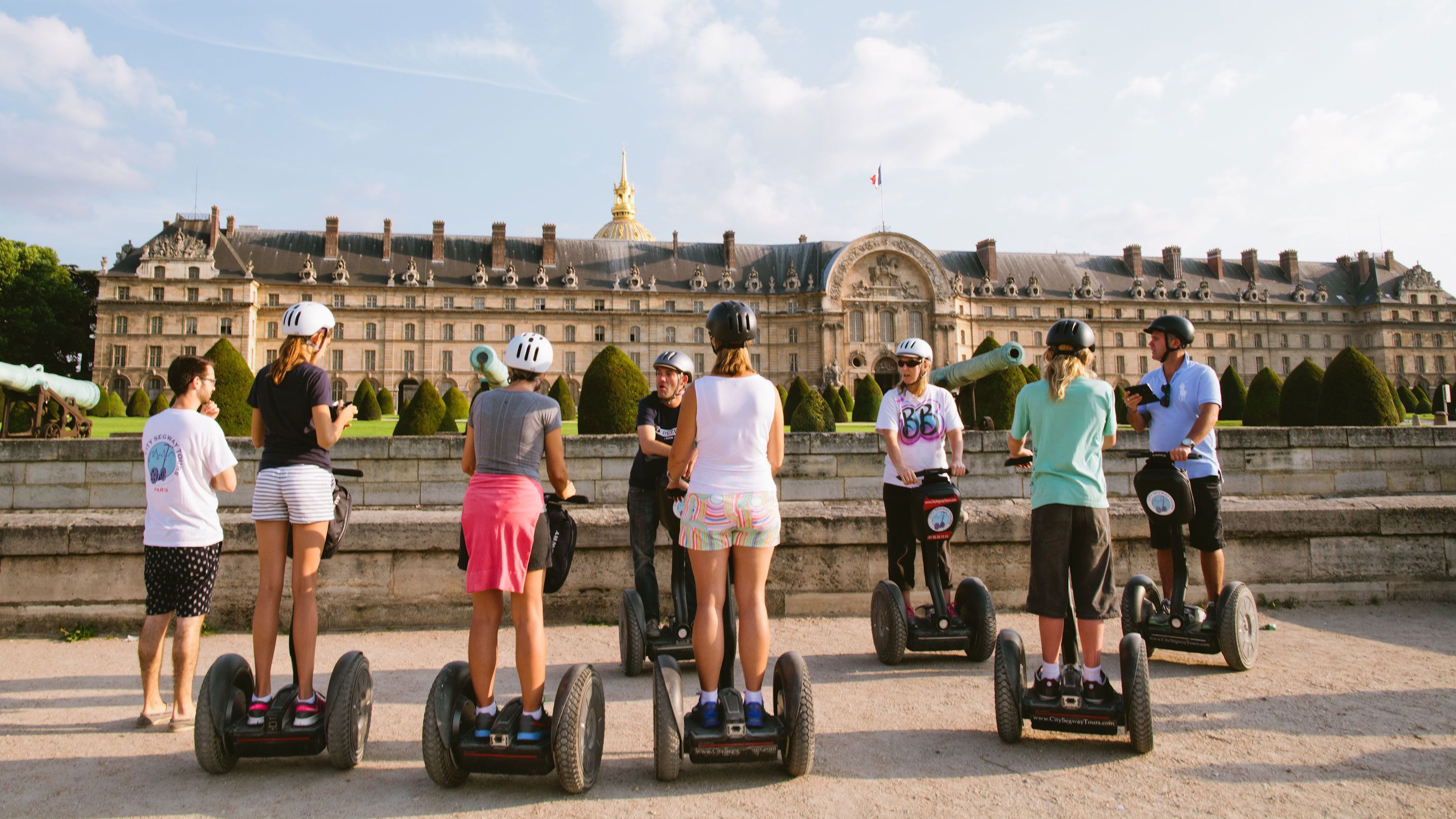 Segway group outside a building in Paris