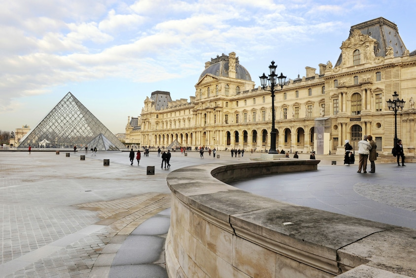 Show item 1 of 11. Louvre Museum: 3-Hour Comprehensive Tour with Skip the Line