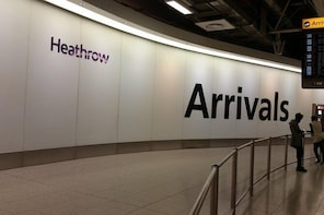 Private Transfer: Heathrow Airport to Southampton Cruise Terminal