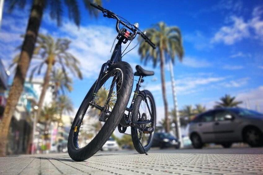 Palma Bicycle Tour with tapas