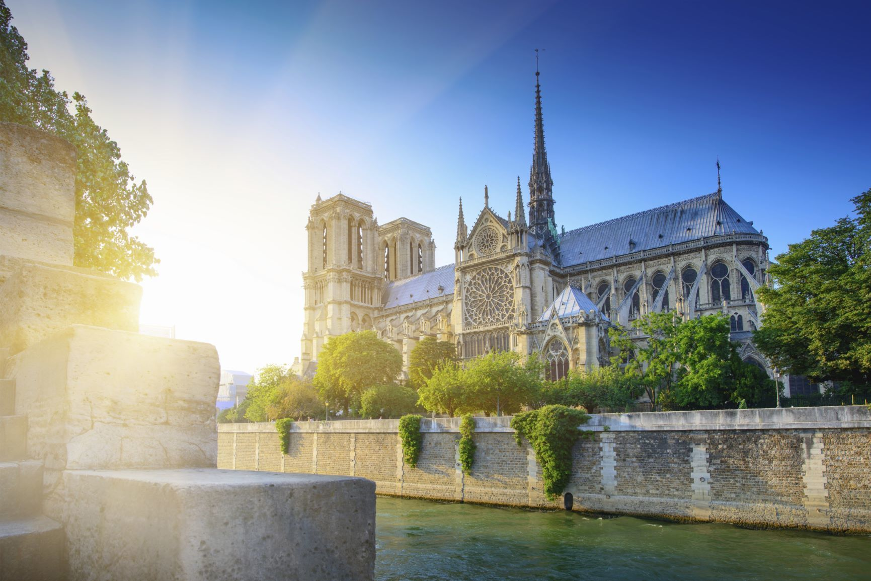 Paris By Night: Eiffel Tower, Seine Cruise and City Tour