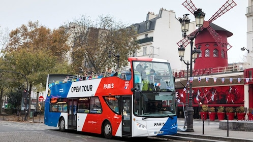 Hop-On Hop-Off bus at attraction during tour in Paris