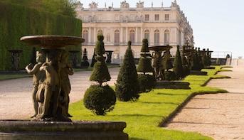 Tickets für das Schloss Versailles mit Audioguide und Transfers