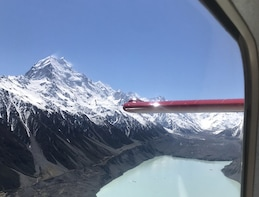 Mount Cook, Fox, Franz and the Tasman Glaciers with Landing