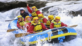 Shotover River Rafting with Helicopter Ride