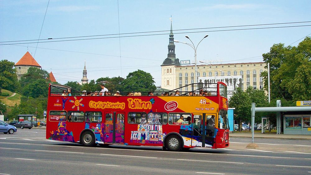 City Sightseeingin hop-on hop-off -bussikiertoajelu Tallinnassa