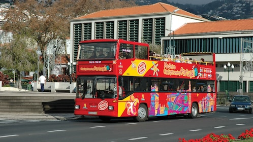 Double decker bus tour around the capital of Madeira