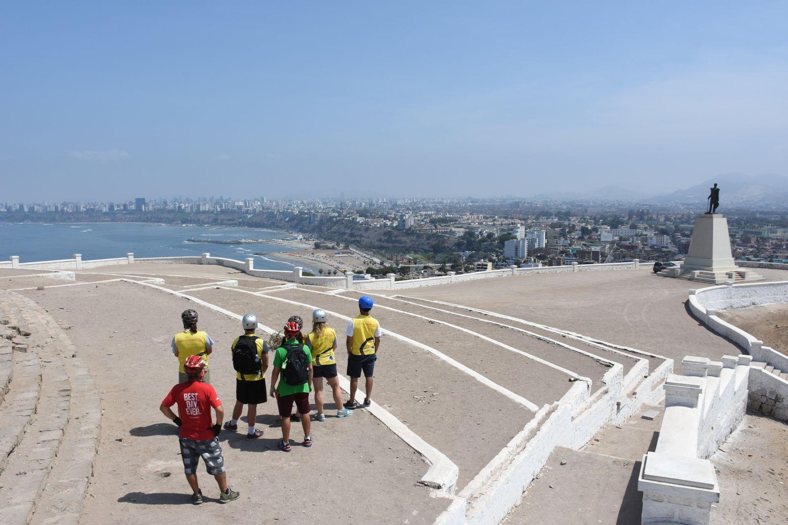 Small-Group Lima Coast Biking Tour