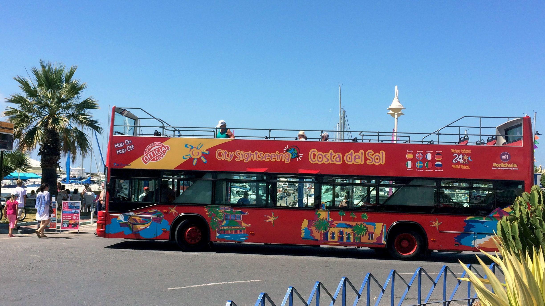 City Sightseeingin hop-on hop-off -bussikiertoajelu Benalmádenassa