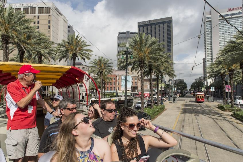Indlæs billede 8 af 8. Hop On Hop Off New Orleans