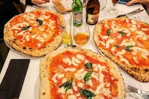 Private transfer from Naples to Sorrento with stop to taste the authentic N...