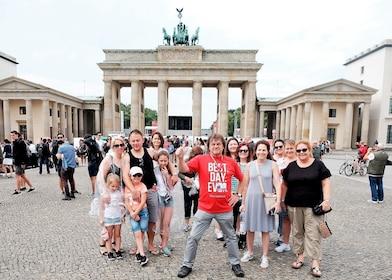 c-fakepath-germany_berlin_storyline_brandenburg_gate.jpg