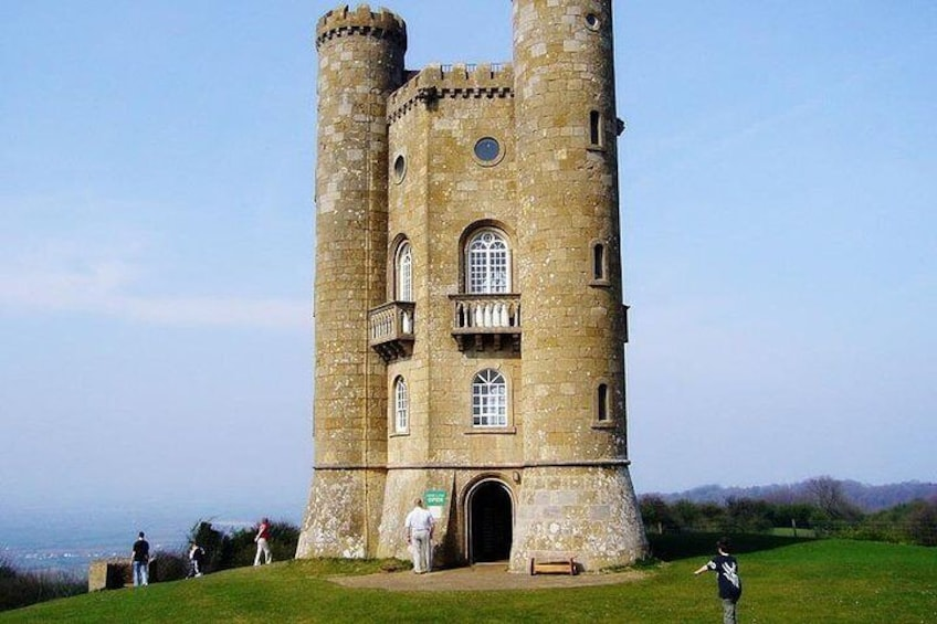 Broad way Tower- highest point in the Cotswolds & holiday home of William Morris