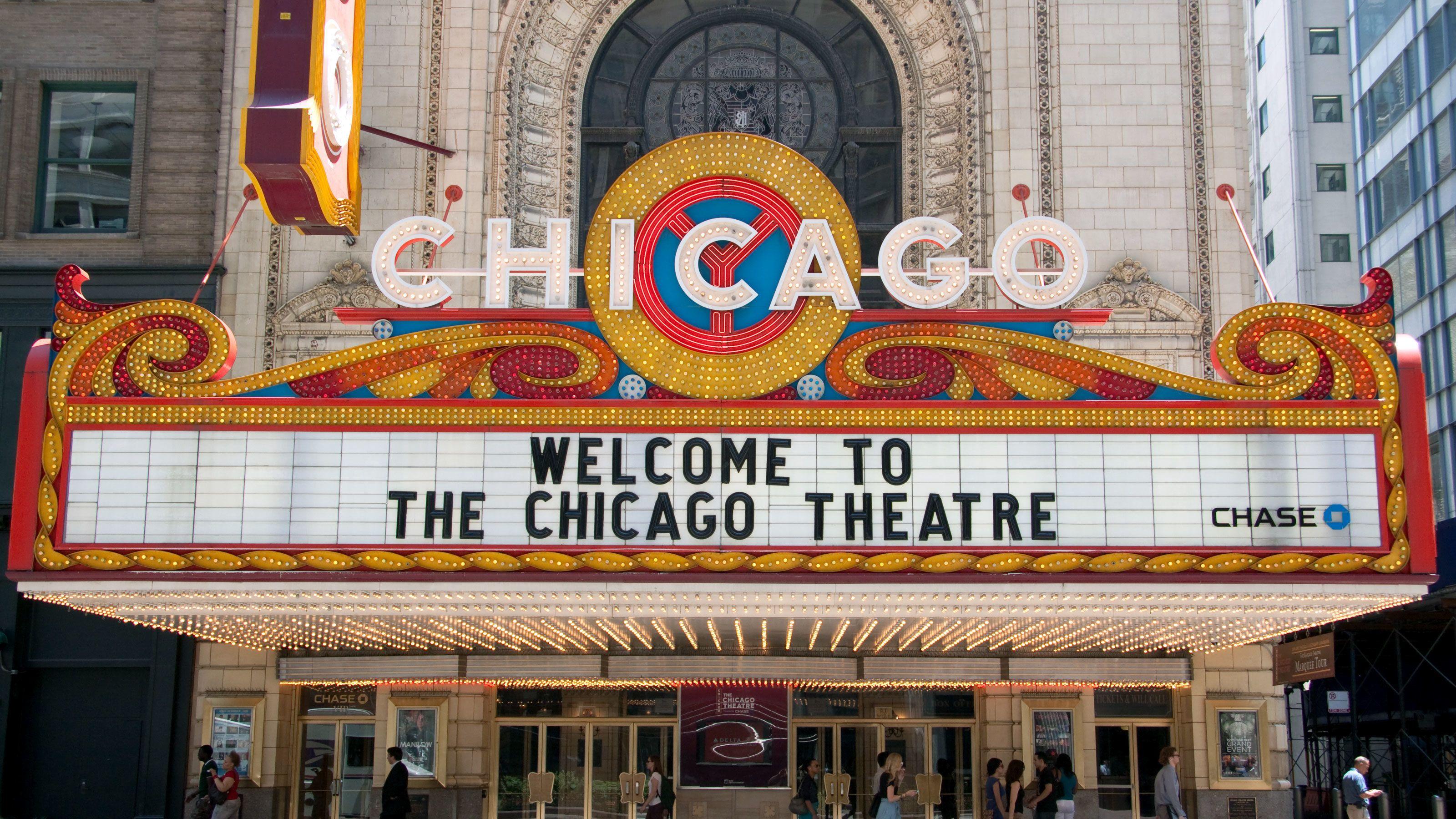 Chicago theatre sign in Illinois