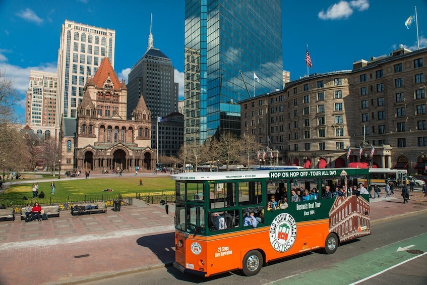 Cargar ítem 5 de 10. Boston Hop-On Hop-Off Trolley Tour