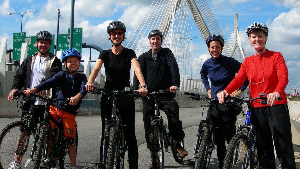 Visite guidée des sites emblématiques de la ville à vélo
