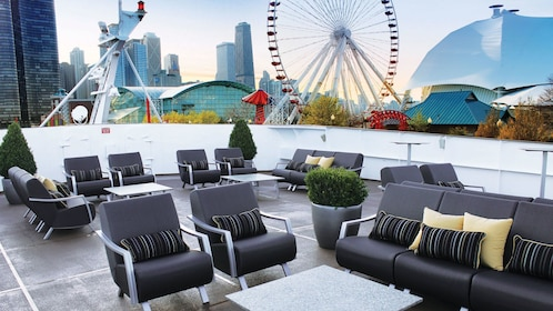 out door patio on cruise ship in chicago