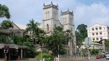 Capital City of Suva Sightseeing & Shopping Full Day Trip