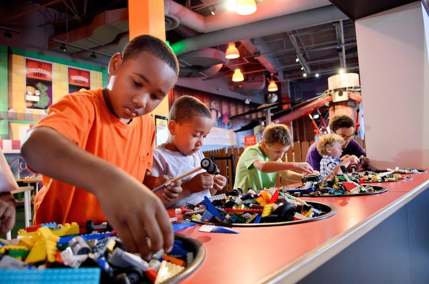 Apri foto 5 di 10. LEGOLAND® Discovery Center Chicago