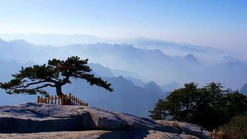 mountain vista in xian