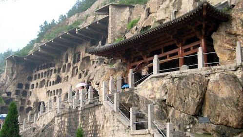 cliff dwellings in xian