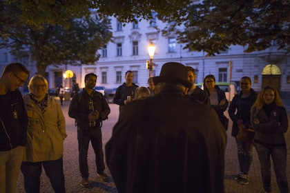 Group on the Ghosts & Legends of Old Town Walking Tour