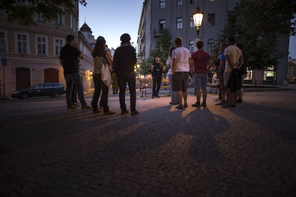 Group on a ghost and legends tour in Old Town, Prague
