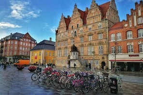 Aalborg Private Transfer from Aalborg city centre to Aalborg airport