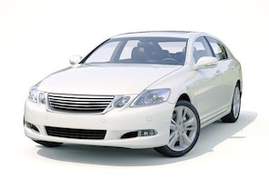 Round trip transfer in private vehicle from-to Zurich Airport in Regensdorf