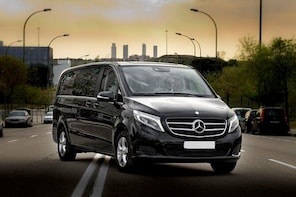 Private Arrival Transfer London Stansted Airport to Central London by Luxur...