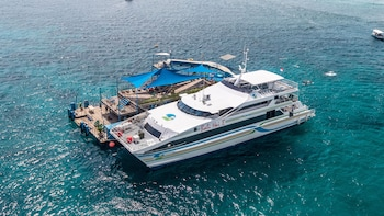 Bootsfahrt zur balinesischen Insel Lembongan