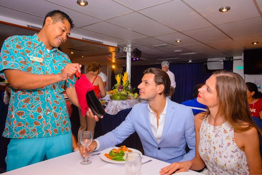 Tampilkan item 4 dari 10. Bali Hai Sunset Dinner Cruise