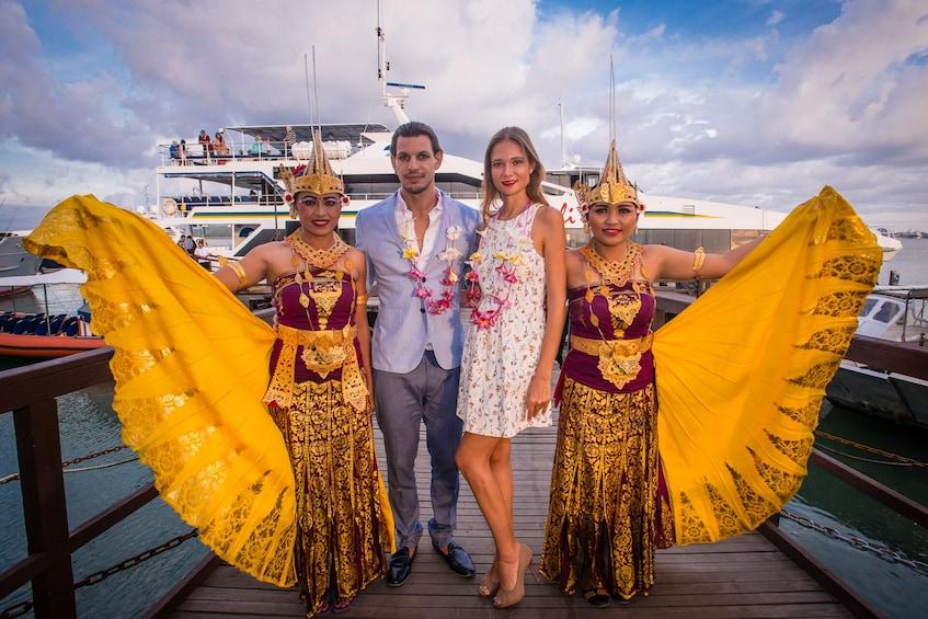 Tampilkan item 3 dari 10. Bali Hai Sunset Dinner Cruise