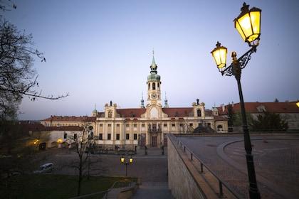 Prague Castle Night Tour 09.jpg