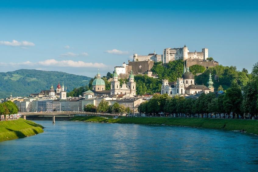 Foto 3 von 10 laden Salzburg Day Trip from Vienna