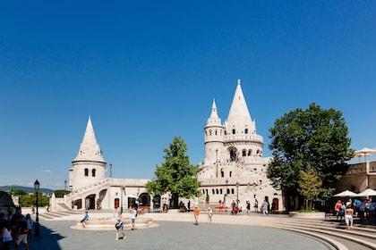 Fischerman's Bastion in Budapest (c) VIENNA SIGHTSEEING TOURS Bernhard Luck.jpg