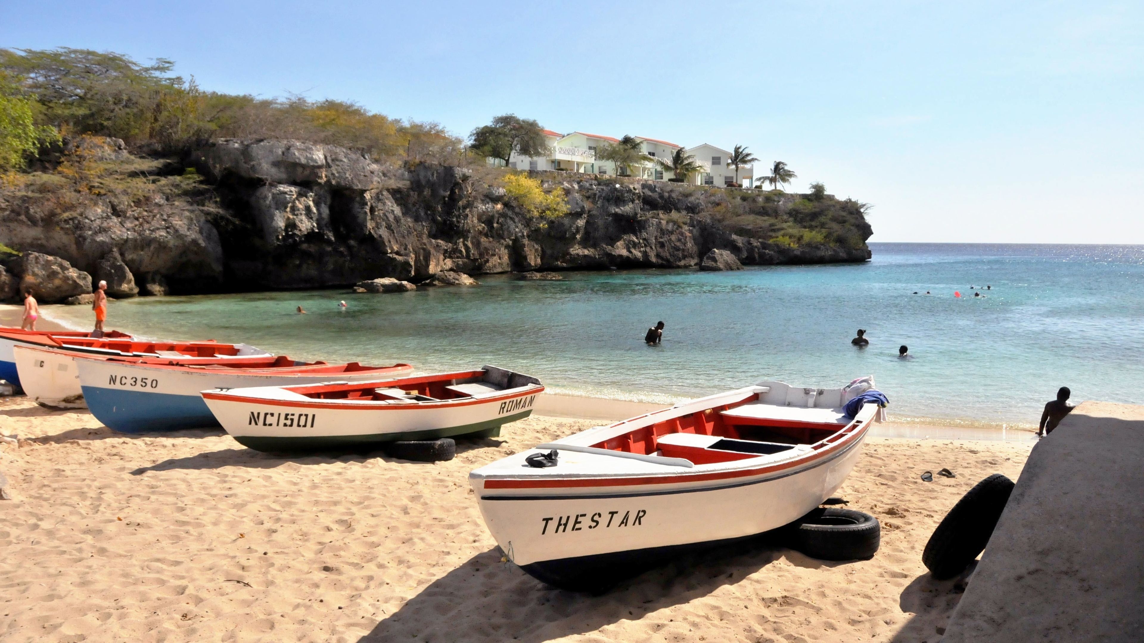 Jeep Tour to Shete Boca National Park with Snorkeling