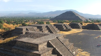 Guadalupe Shrine & Teotihuacan Pyramids Tour
