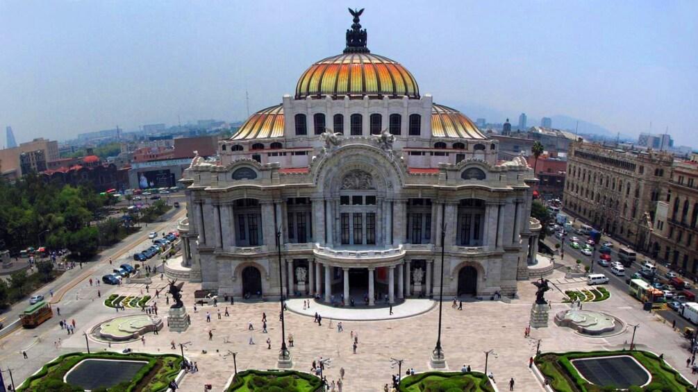 Charger l'élément 2 sur 5. Palacio de Bellas Artes, Mexico City
