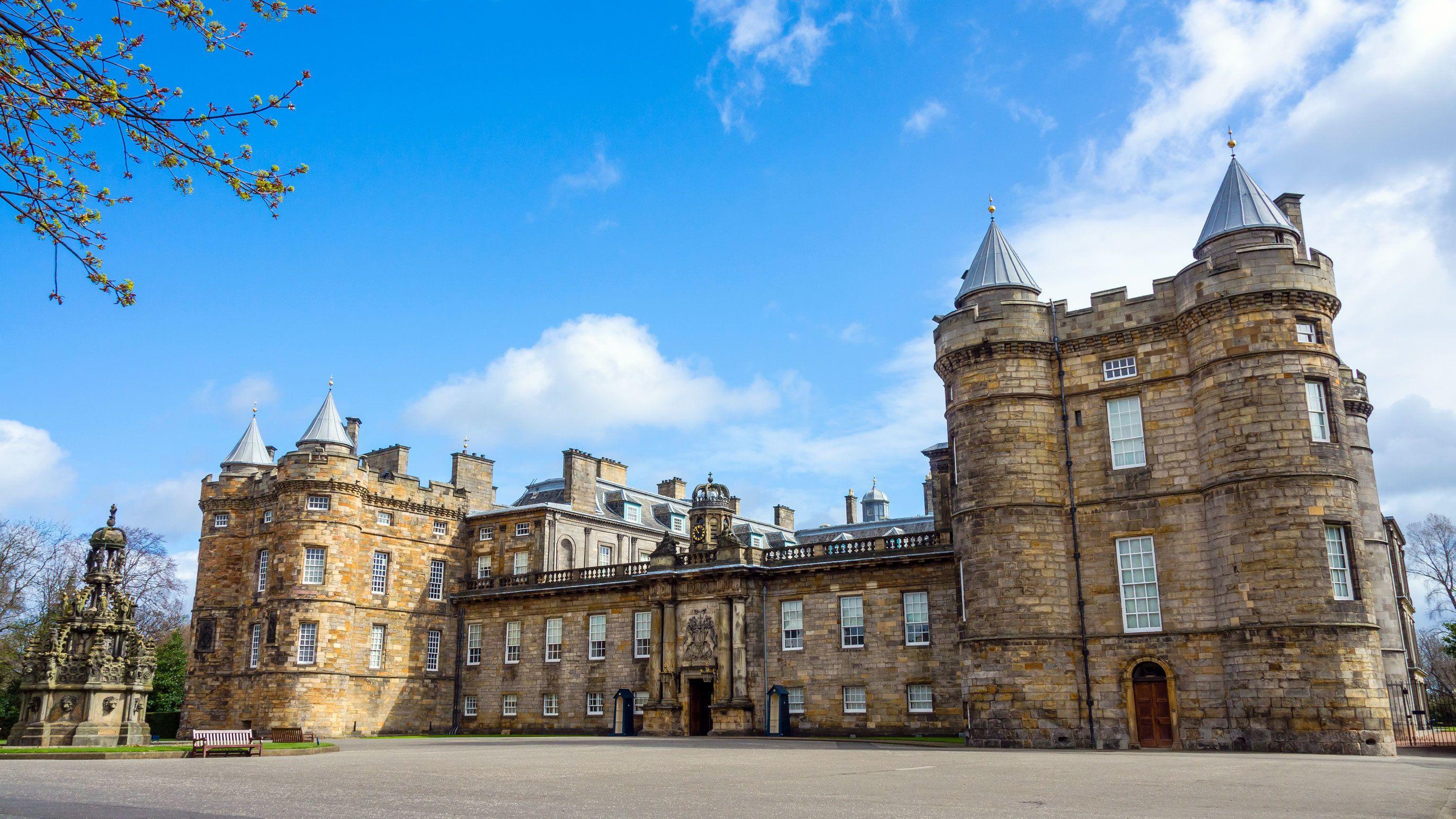 Acceso prioritario al Palacio de Holyroodhouse con audioguía