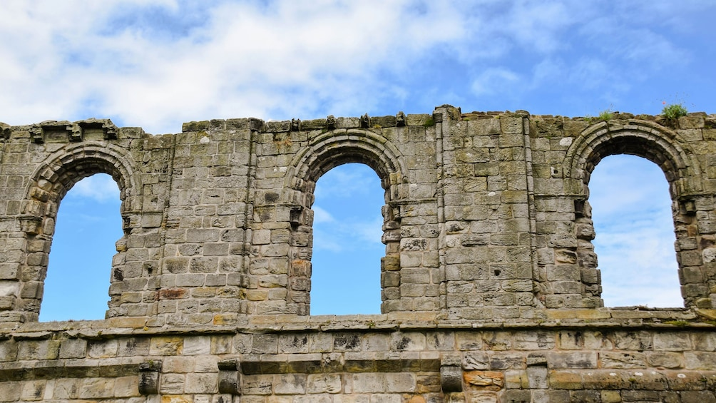 St. Andrews, Fife & Dunfermline Abbey Full-Day Tour with Hotel Pickup