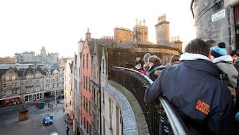 Visite à pied des secrets du Royal Mile avec entrée au château d'Édimbourg
