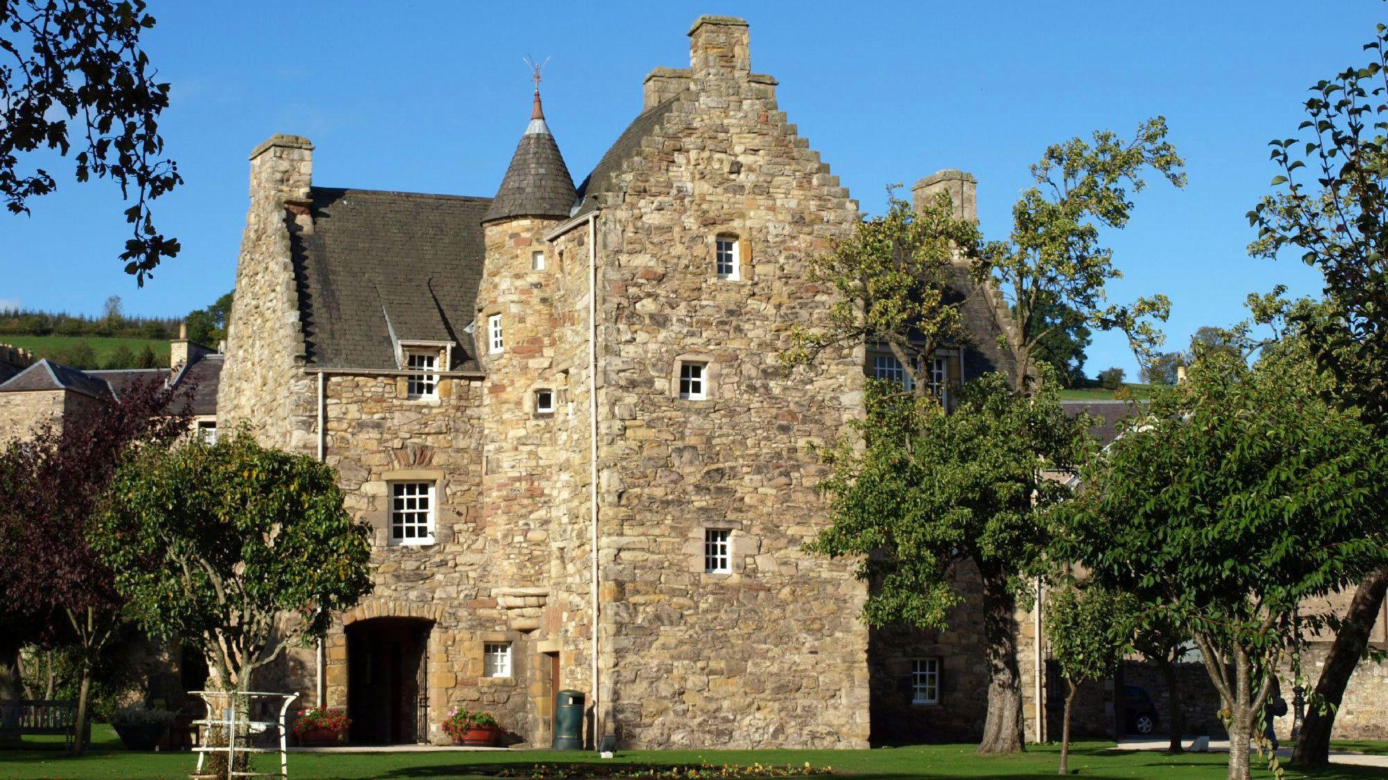 brick house in Edinburgh