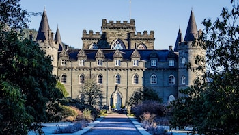 Small-Group West Highland Lochs & Castles Tour