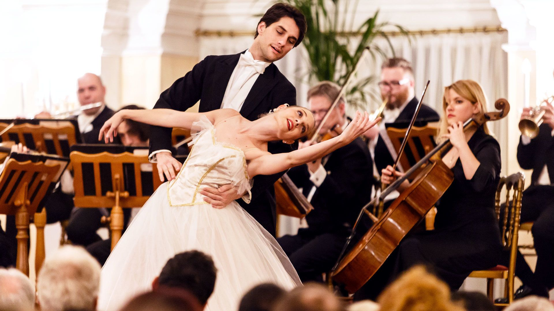 Strauss- und Mozart-Konzert im Kursalon mit Abendessen (optional)