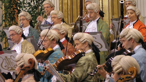 Costumed musicians performing Mozart in Vienna