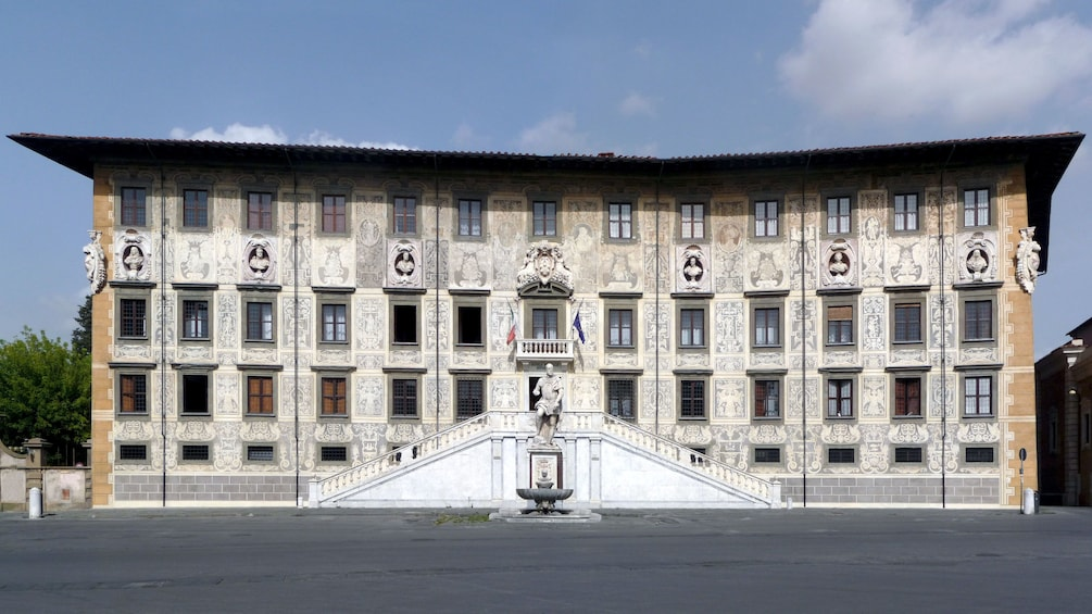 Foto 5 von 5 laden Exterior view on Pisa and Lucca Full-Day Tour in Italy