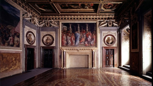 Interior on Accademia and Uffizi Guided Tour in Italy